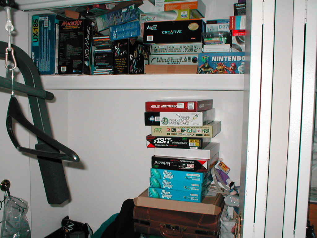 closet_full_of_pcparts.jpg