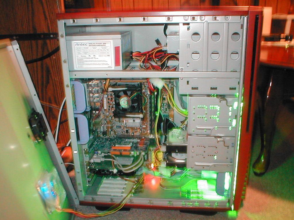 p4_server_inside1.jpg